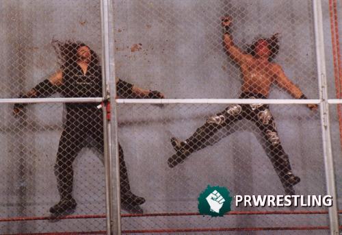 shawn-michaels-the-undertaker-badd-blood-1997