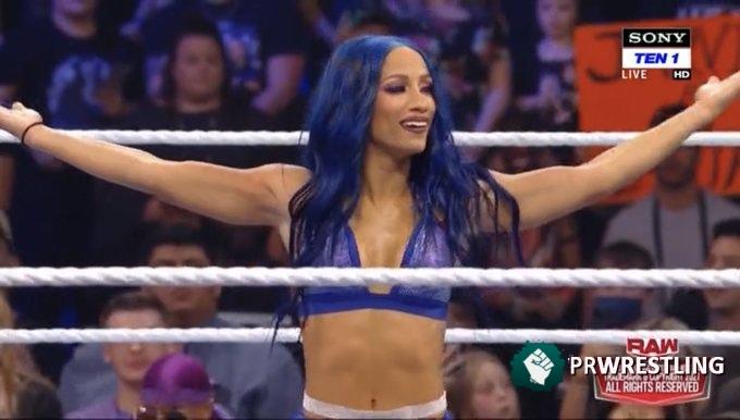 Reporte WWE Raw 10/4 – Sasha Banks se hace sentir en la estelar; Más cambios en el Draft